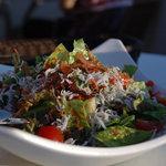 アマルフィイ デラセーラ - 腰越名産シラスと桜海老のサラダ