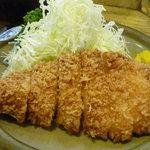 おさむ - とんかつ定食(75g)700円