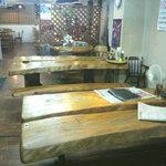 大衆レストラン No.1 - テーブル席