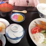 ダイ平 - ランチ「エビフライ定食」
