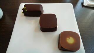 ショコラティエ パレ ド オール - ショコラ3種