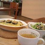 元町カフェ - カレーのドリアのランチ