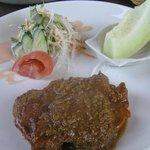 洋食ワタナベ - チキンのシャンピニオンソース