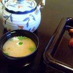 鮨の東龍 - みそ汁もダシが効いていて美味しい