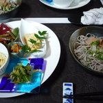 アオーサ - 福井のおろしそばセット(おろしそば&小鉢たち)
