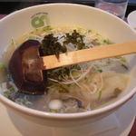 銀座 City Noodle 本丸亭 - 塩しらす塩らー麺(\1000)