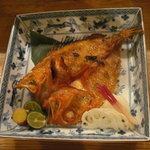 りん - 北海道から直送した、脂ののったキンキの塩焼き。おすすめです!