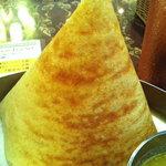 チャトパタ - 薄いクレープ状のドーサ